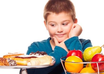 ¿Cuándo se considera que un niño tiene obesidad infantil?